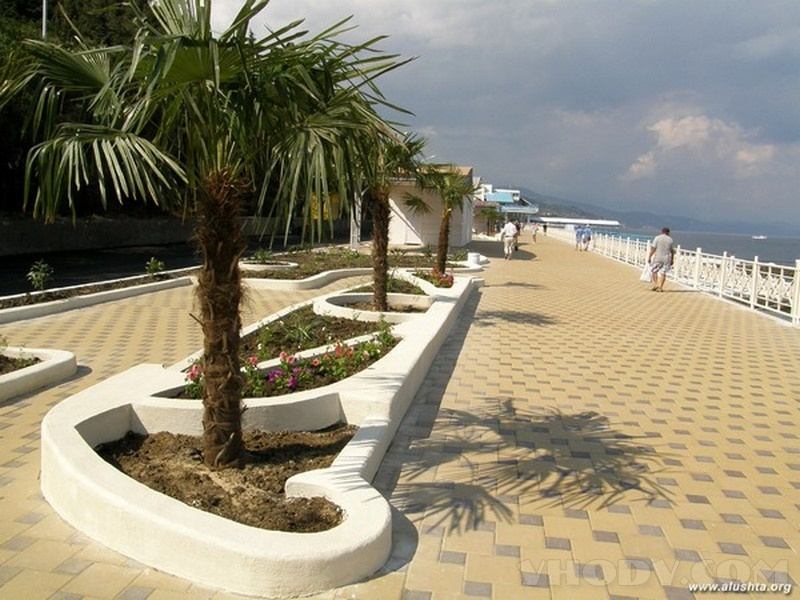 Новую набережную Алушты спроектируют за 1 млрд рублей