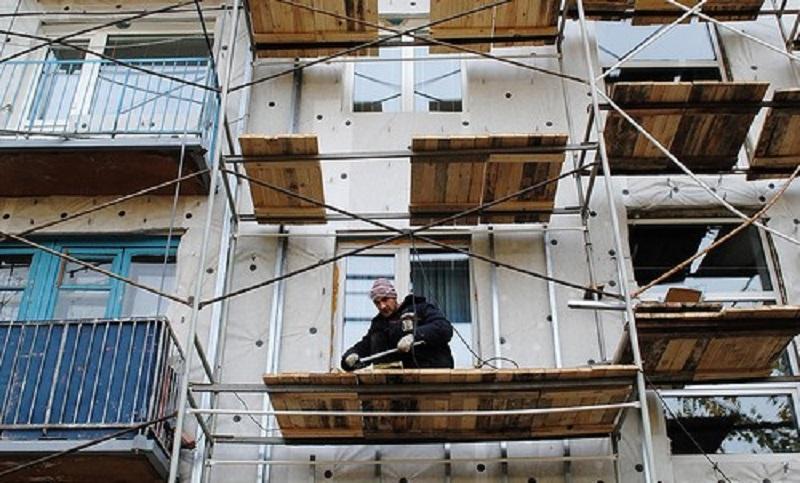 Крымчан временно не будут наказывать за просрочку оплаты капремонта